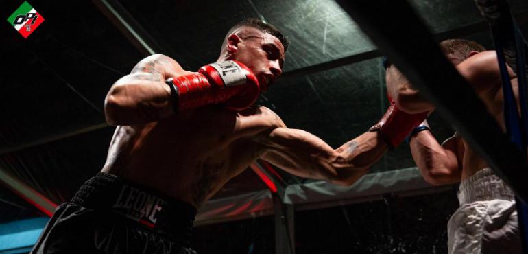 Boxe, Esposito fa nove su nove: battuto nettamente Gogosevic